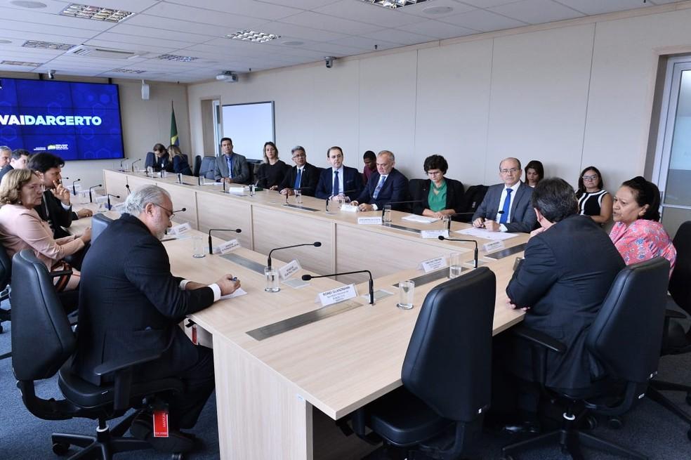 Parlamentares e governadora do RN se reuniram com ministro da Infraestrutura em Brasília — Foto: Ricardo Borges
