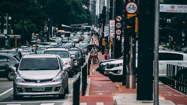 Carros; Trânsito em São Paulo (Foto: Pexels)
