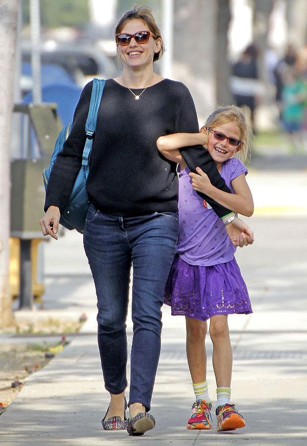 Jennifer Garner e Violet (Foto: The Grosby Group)