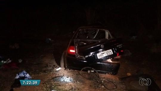 Acidente entre dois carros deixa quatro mortos na BR-060, em Acreúna