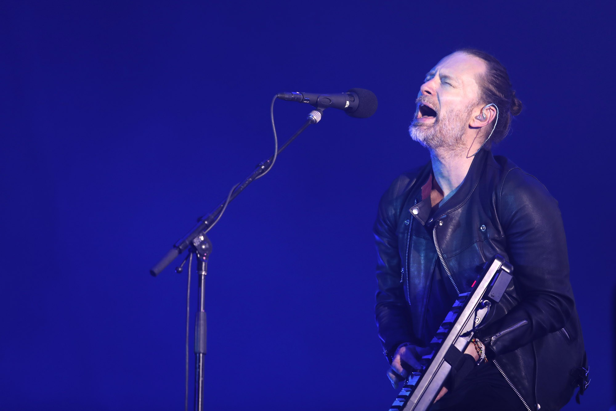 Radiohead: mesmo sem lotar estádio, banda faz show intenso em São Paulo