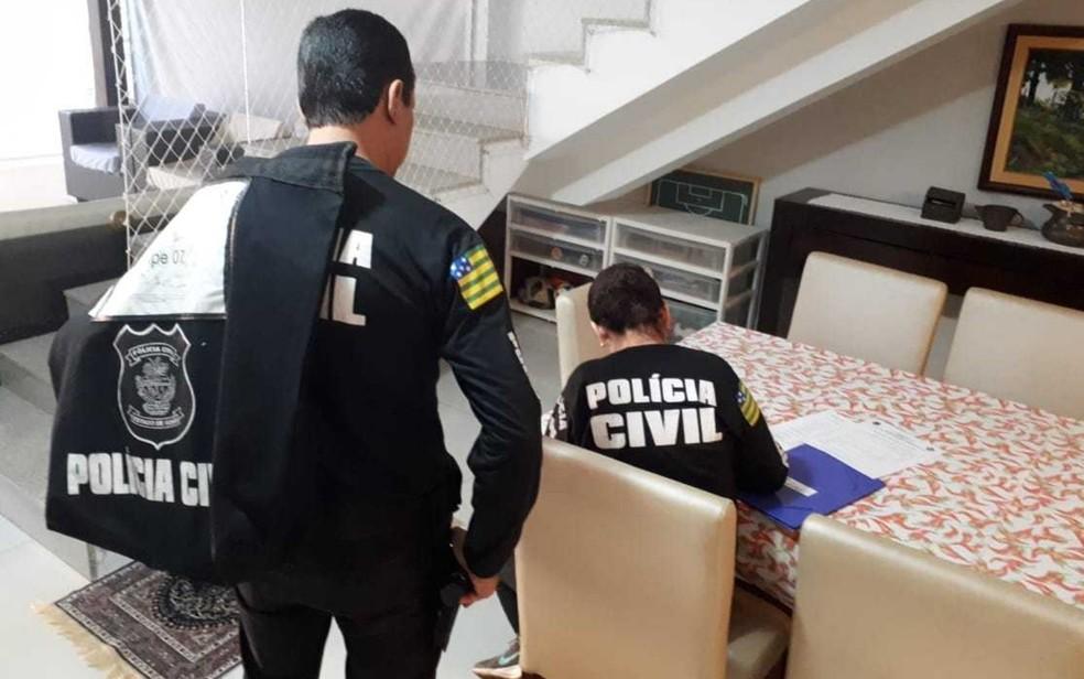 Polícia realiza operação que apura suspeitas de fraude em licitações da Secretaria de Educação de Goiás — Foto: Polícia Civil/Divulgação