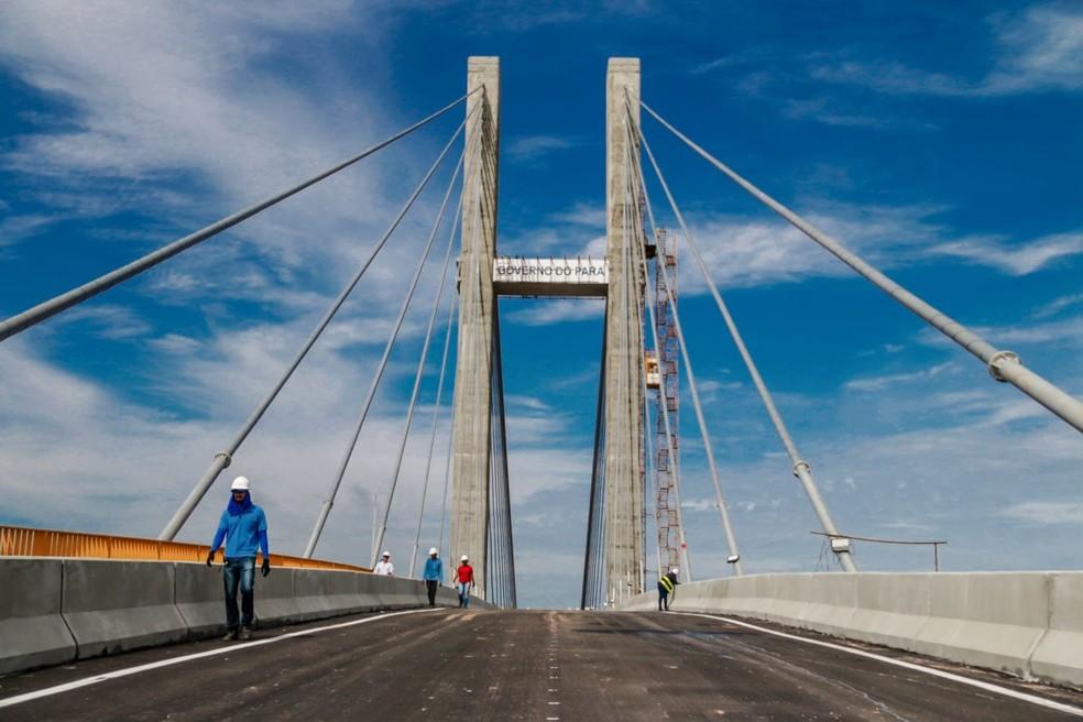 Governo do Pará conclui obra de recontrução de trecho de 300 metros da ponte sobre o rio Moju, no Acará — Foto: Bruno Cecim/Agência Pará