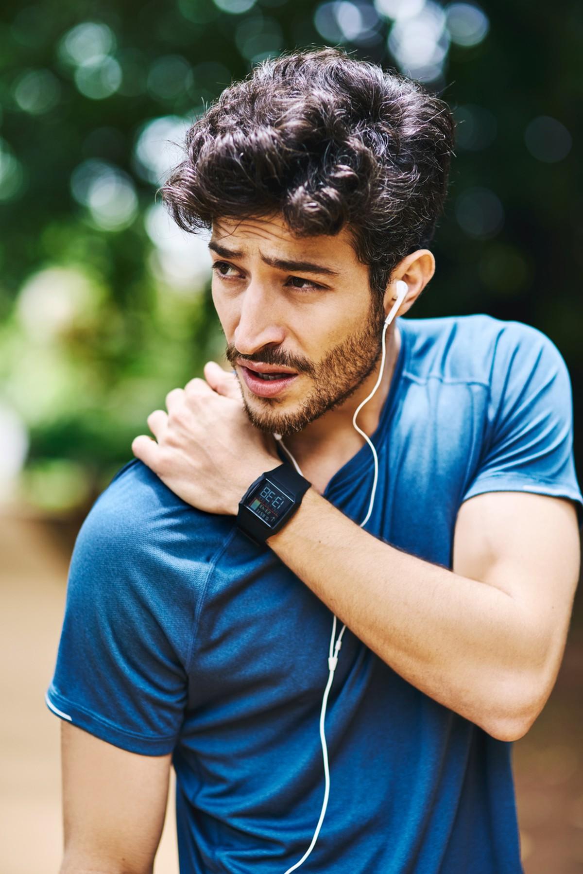 Como prevenir dores nos ombros e pescoço ao correr: evite 5 erros – globoesporte.com