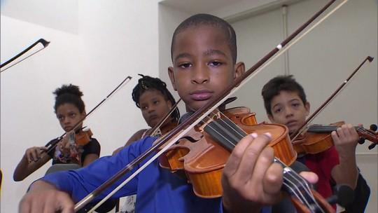 Conheça o projeto Neojibá, que educa jovens através da música