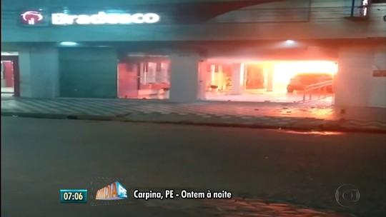 Motorista que invadiu agência bancária em Carpina é detido por alcoolemia