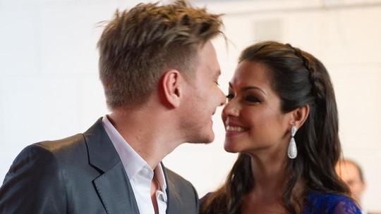 Thais Fersoza celebra aniversário de casamento com Michel Teló: 'A minha maior certeza'