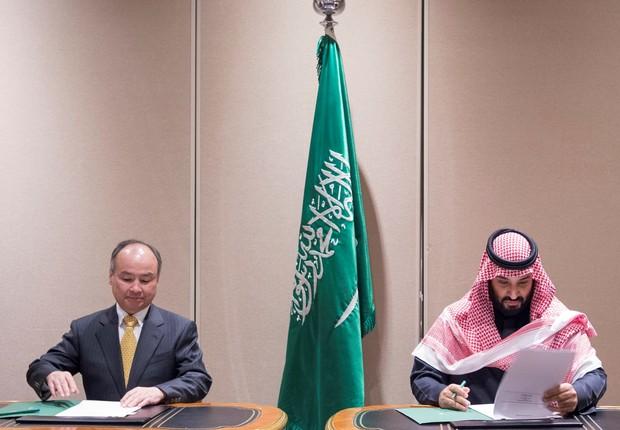 Masayoshi Son e o príncipe Mohammed bin Salman  (Foto: Getty Images)