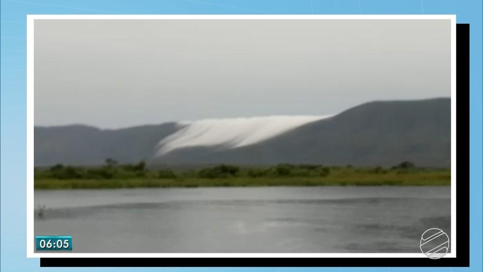 -  Serra do Amolar com fenômeno climático que confundiu com neve  Foto: Reprodução/TV Morena