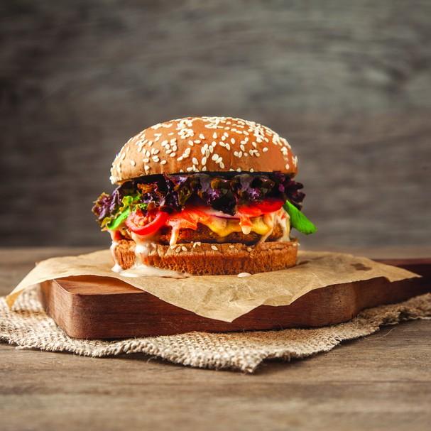 Hambúrguer de quinoa (Foto: Redação)