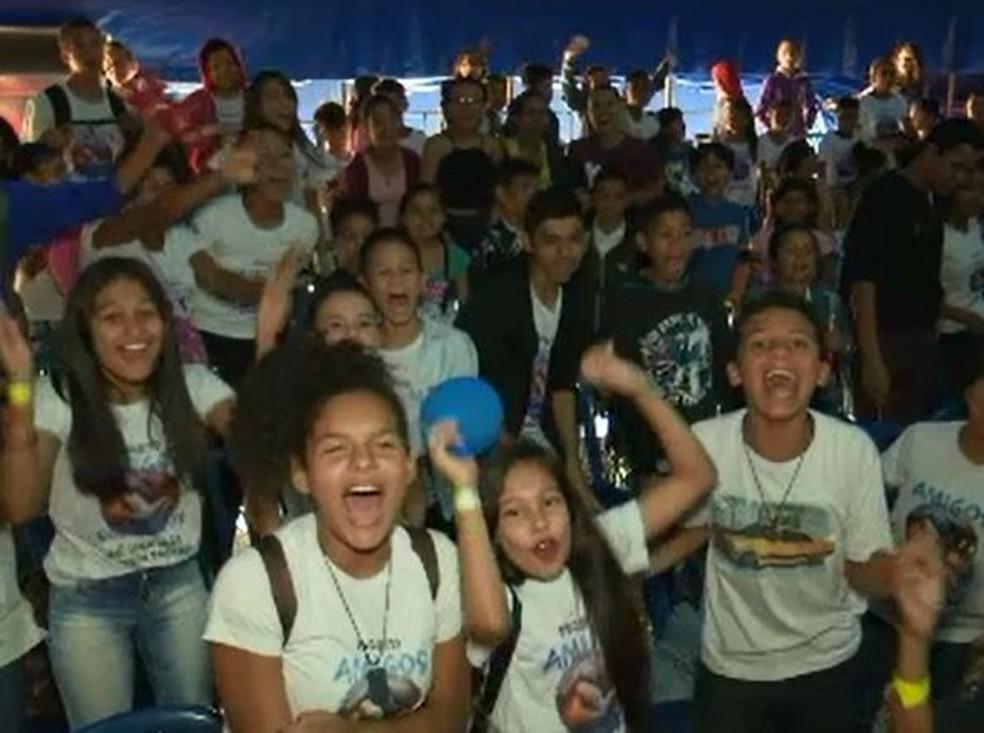 Crianças assistiram apresentação circense em Rio Branco nesta quarta (11) (Foto: Reprodução/Rede Amazônica Acre)