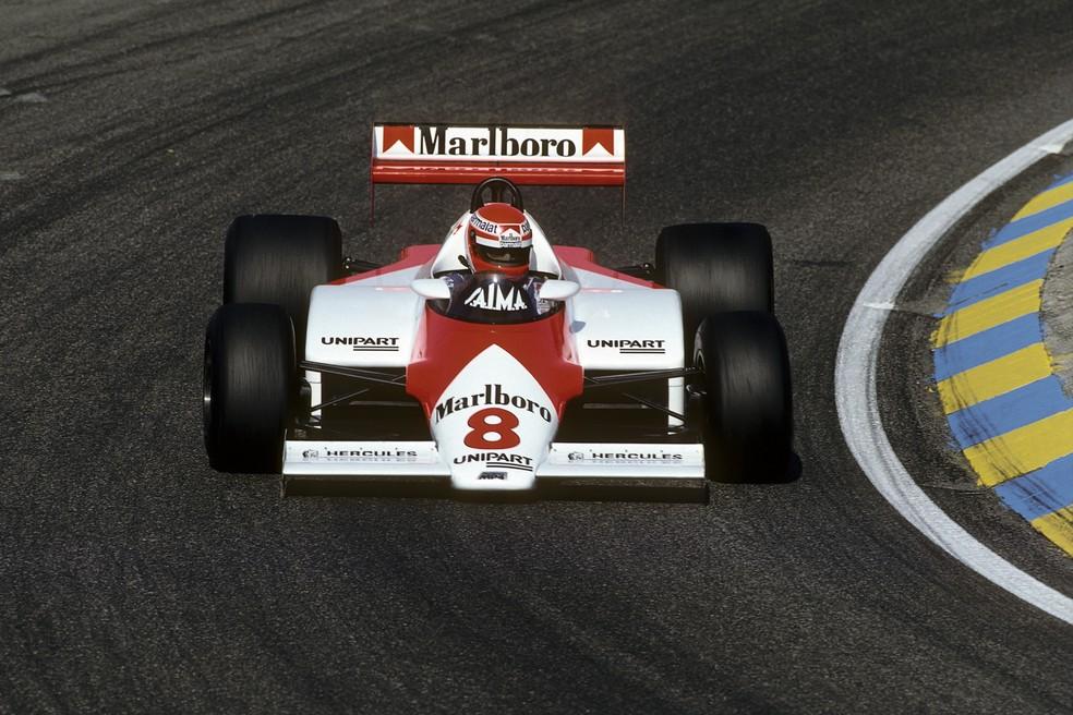 Niki Lauda estreou McLaren MP41E de motor Porsche na Holanda, em 1983 — Foto: Getty Images