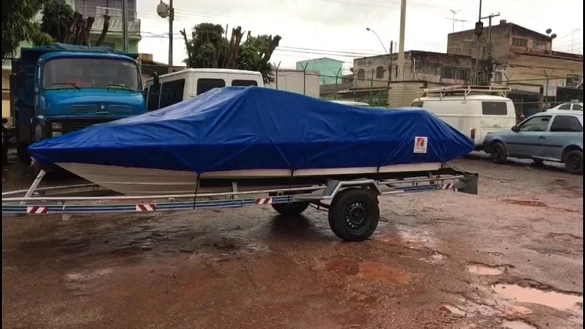 Lancha roubada em Ceilândia, no DF, é recuperada pela polícia em Goiás