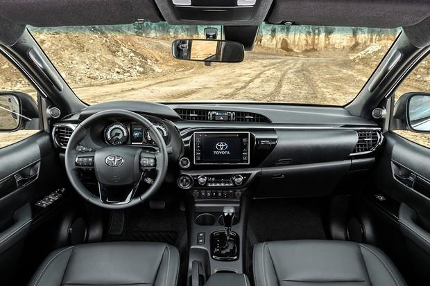 interior da Toyota Hilux Special Edition 2019 (Foto: Divulgação)