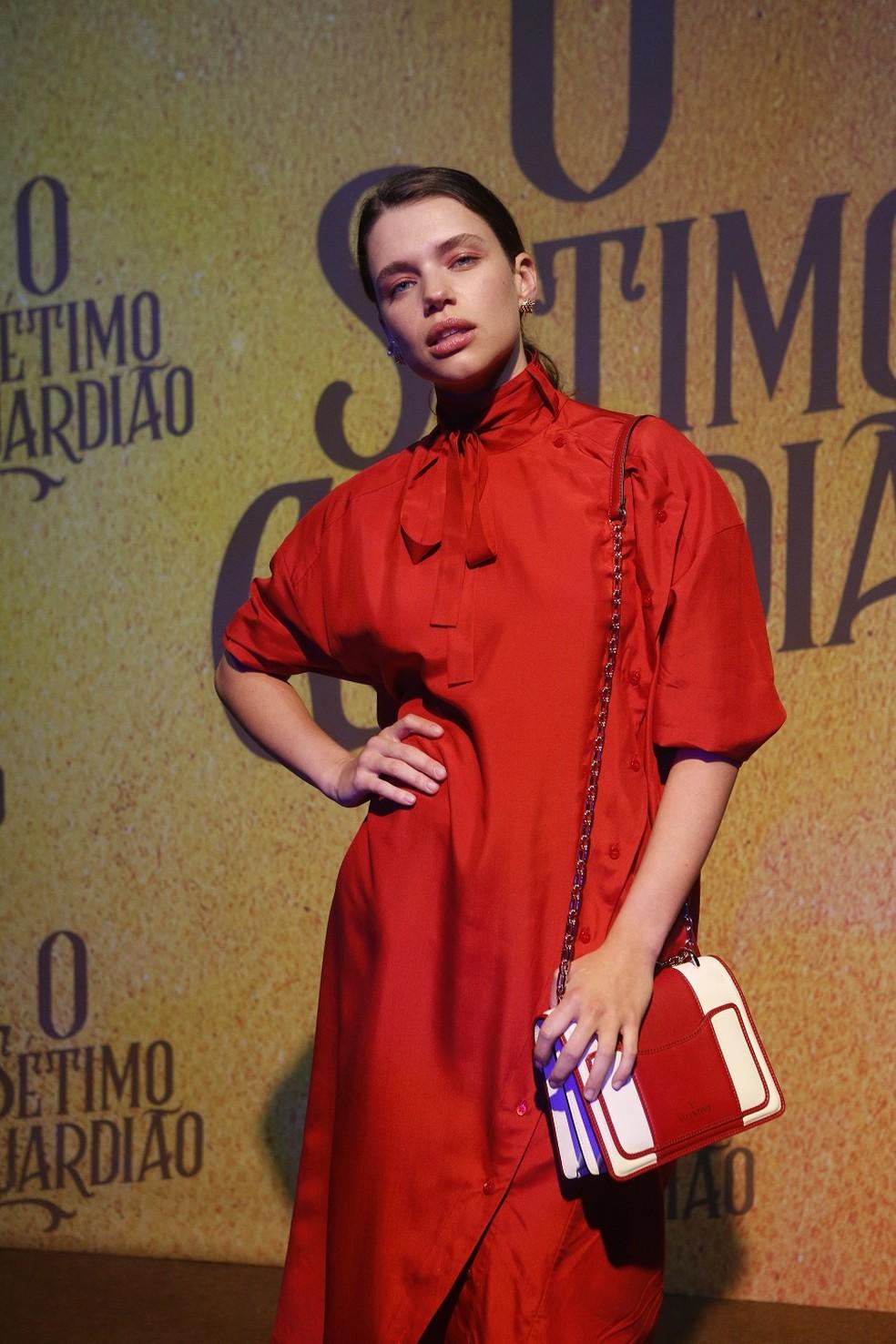 Bruna Linzmayer vive a ambiciosa Lourdes Maria — Foto: Fabiano Battaglin/Gshow