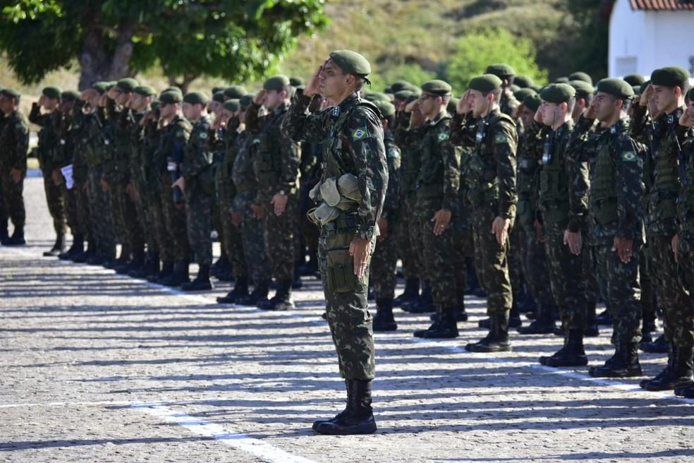 Tropas das Forças Armadas são enviadas para o interior do RN para segurança das eleições  — Foto: Vitorino Júnior