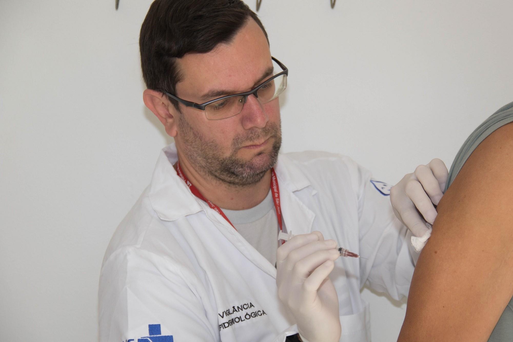 SC vai vacinar crianças entre 6 e 11 meses contra o sarampo a partir desta quinta - Notícias - Plantão Diário