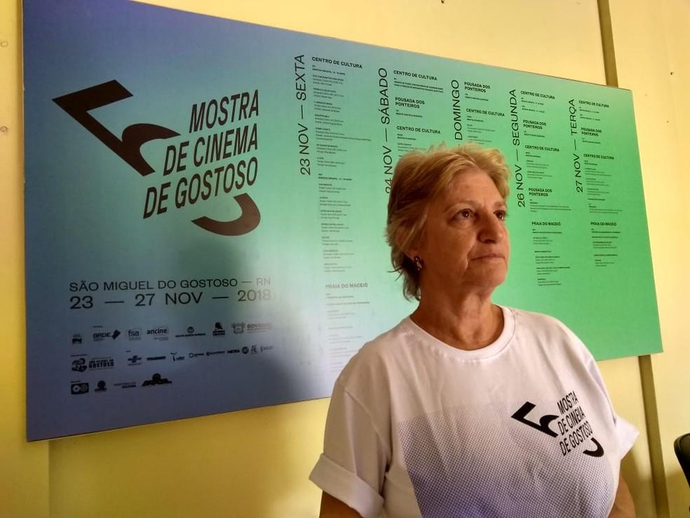 Bete Bullara é curadora da Mostra Infantil do festival de São Miguel do Gostoso — Foto: Rafael Barbosa/G1