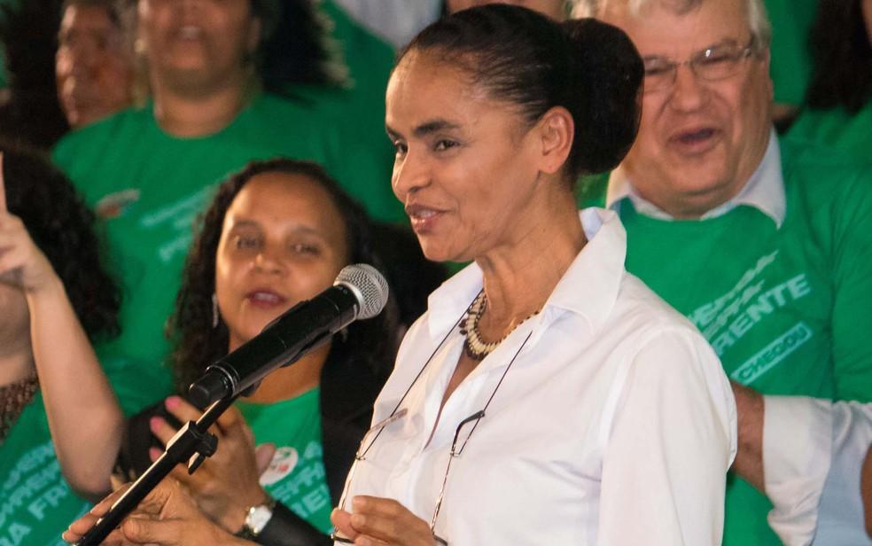 A ex-senadora Marina Silva é oficializada pela Rede candidata à Presidência — Foto: Tiago Hardman/Futura Press/Estadão Conteúdo