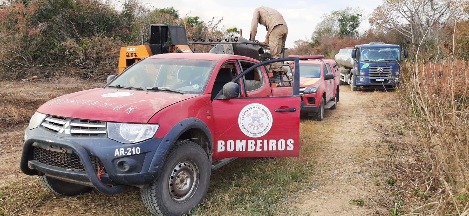 Mergulhadores buscam homem desaparecido na região do Porto Jofre, no Pantanal