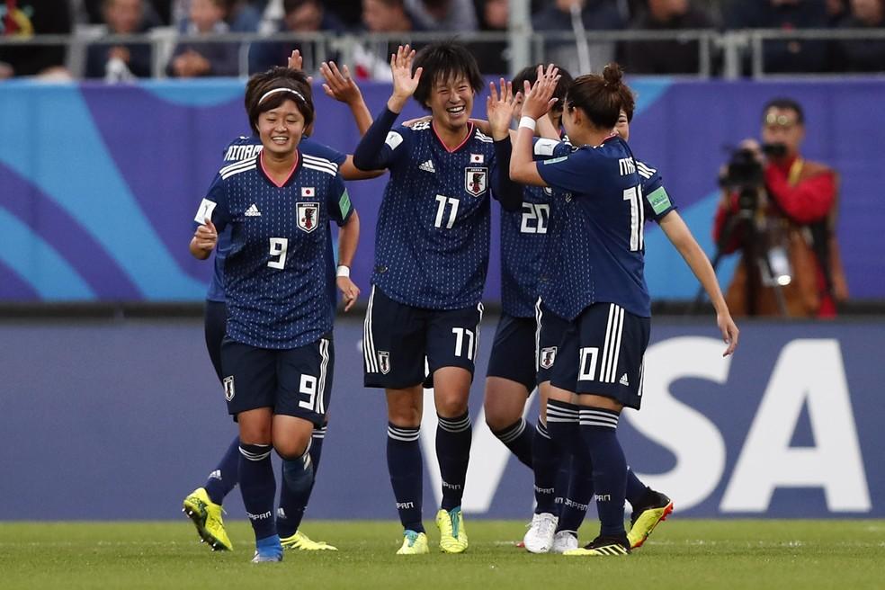 3d35934924214 ... Jogadoras do Japão comemoram um dos gols da vitória sobre a Espanha na  final do Mundial