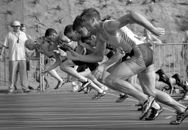 Em seu estudo sobre a vida de atletas medalhistas olímpicos, o professor Adam Leive constatou que não terminar em primeiro pode motivar a busca por sucesso profissional posterior (Foto: Pexels)