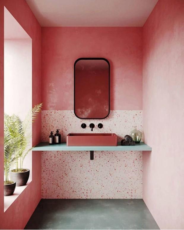 Décor do dia: lavabo rosa com parede bicolor (Foto: Divulgação)