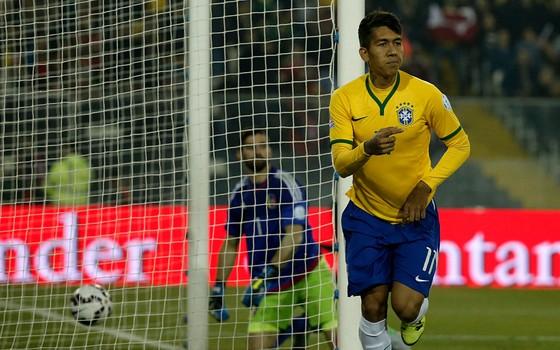 Roberto Firmino. Ele é centroavante, mas tem a competência de um meia ofensivo. Um jogador completo (Foto: Getty Images)