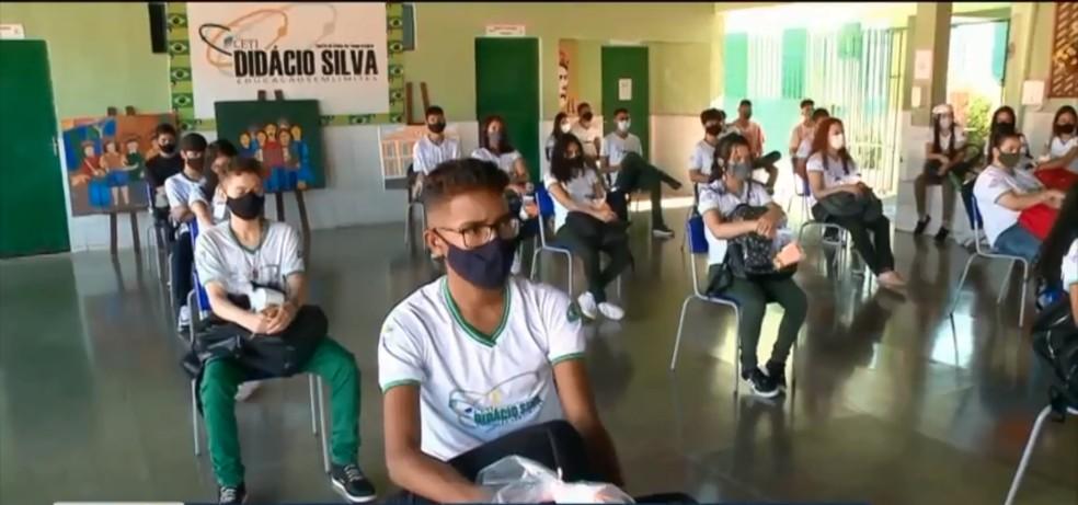 Volta às aulas: rede estadual de ensino inicia nesta segunda-feira (9) período letivo híbrido no Piauí — Foto: Reprodução