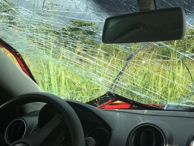 Vítima pediu ajuda no WhatsApp após capotar com carro  (Foto: Arquivo pessoal)