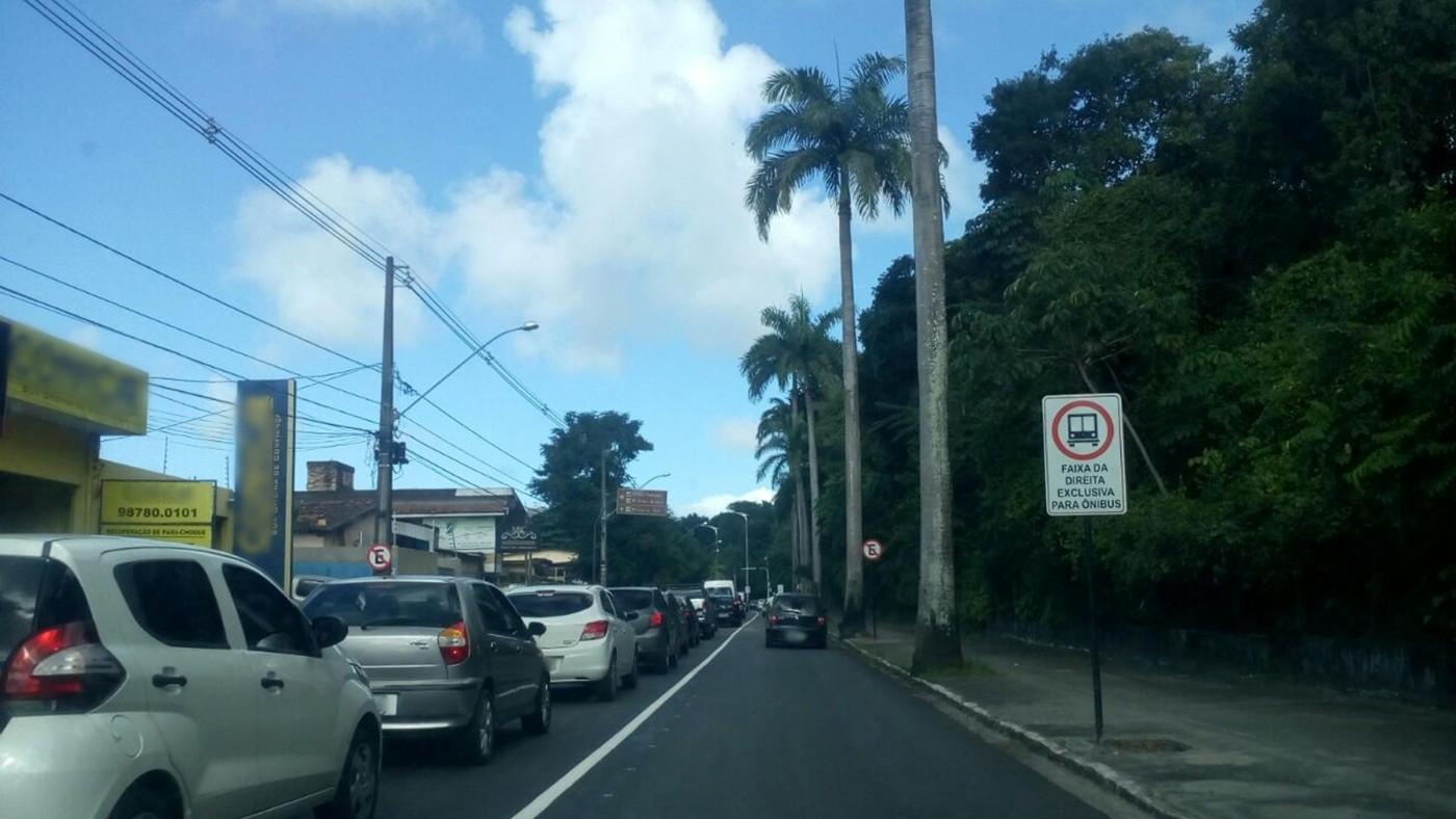 Faixas exclusivas para ônibus voltam a ser proibidas para outros veículos, em João Pessoa