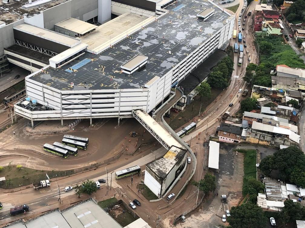 Estragos da enchente ainda são vistos na região da Avenida Vilarinho, em BH  — Foto: Danilo Girundi/TV Globo
