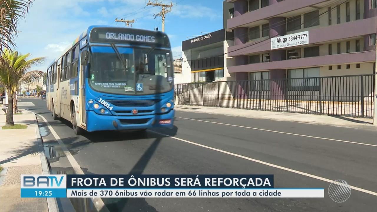 Frota de ônibus é reforçada para candidatos que vão prestar Enem em Salvador