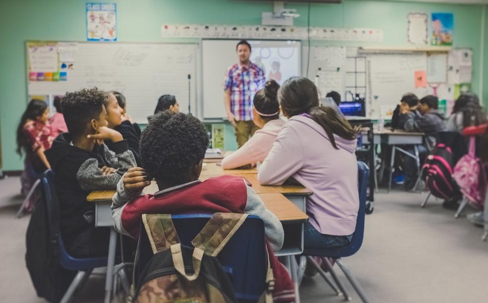 professor sala de aula — Foto: NeONBRAND/ Unsplash