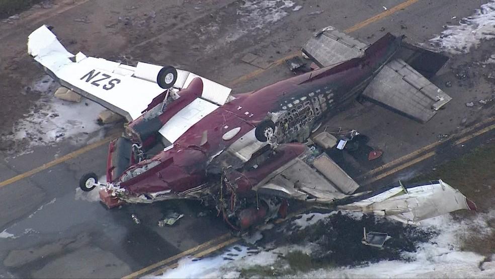 Uma pessoa morreu e 6 ficaram feridas em queda de avião (Crédito: Tv Globo/Reprodução)