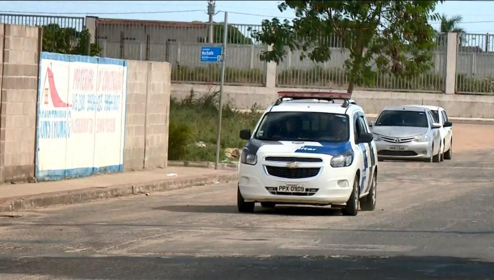 Policiamento em Santa Cruz, Linhares — Foto: Reprodução/TV Gazeta