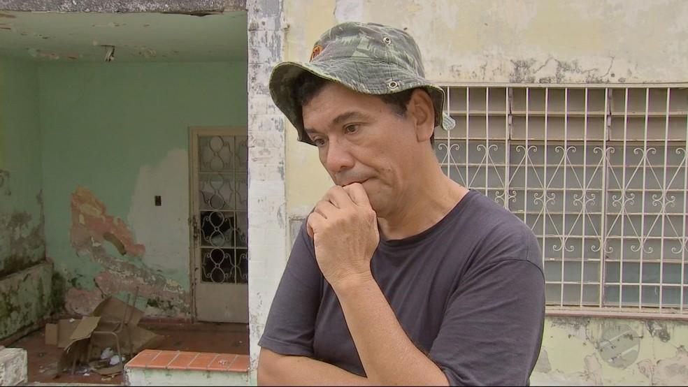 Marco diz que foi mantifo à força na clínica e nega que seja depende químico (Foto: TVCA/Reprodução)