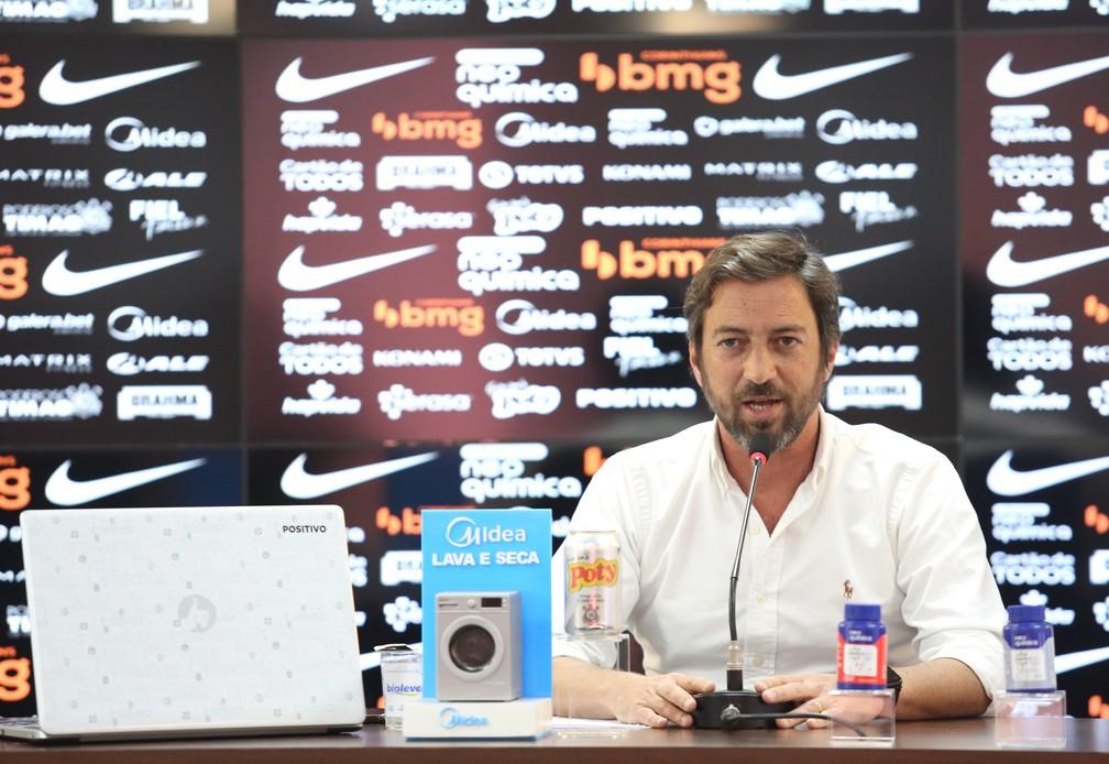 Presidente do Corinthians admite novo atraso salarial