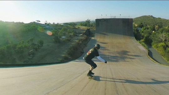 Skate na Alma: Bob Burnquist apresenta o amerianco Tom Schaar