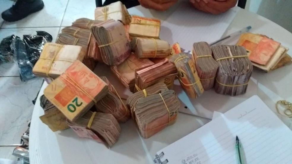Segundo investigação do Ministério Público, suspeitos liberaram contas bancárias para traficantes lavarem dinheiro no RN (Foto: MPRN/Divulgação)