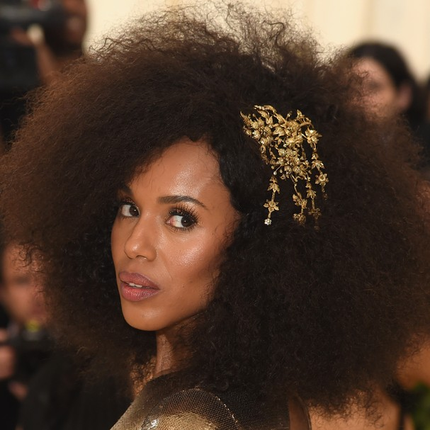 NEW YORK, NY - MAY 07:  Kerry Washington attends the Heavenly Bodies: Fashion & The Catholic Imagination Costume Institute Gala at The Metropolitan Museum of Art on May 7, 2018 in New York City.  (Photo by Jamie McCarthy/Getty Images) (Foto: Getty Images)