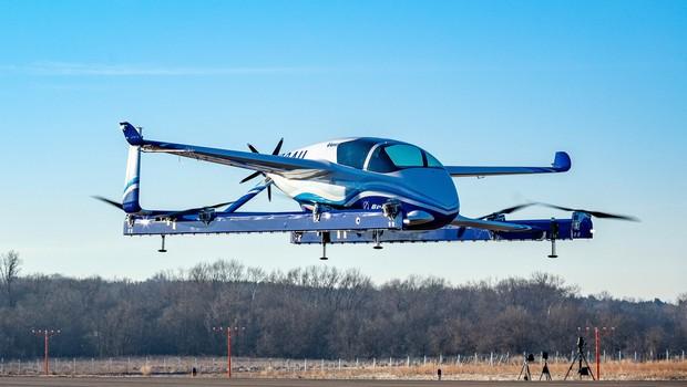 Veículo autônomo da Boeing fazendo seu primeiro voo de testes (Foto: Divulgação )