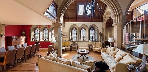 Igreja transformara em casa  (Foto: Divulgação)