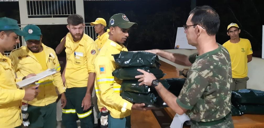 Prevfogo dá apoio ao Exército em operação — Foto: 17ª Brigada/Divulgação