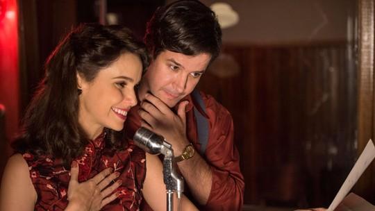 Murilo Benício diz dispensar beijo técnico ao gravar com Débora Falabella: 'Tentei e foi esquisito'