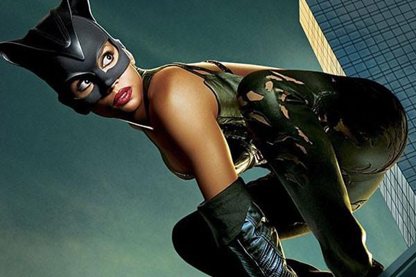 Halle Berry – Mulher-Gato (2004) (Foto: Reprodução/)