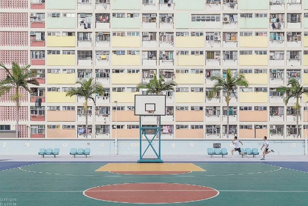 Choi Hung Estate | Kowloon, Hong Kong | c. 1963 (Foto: Reprodução Instagram @accidentallywesanderson)