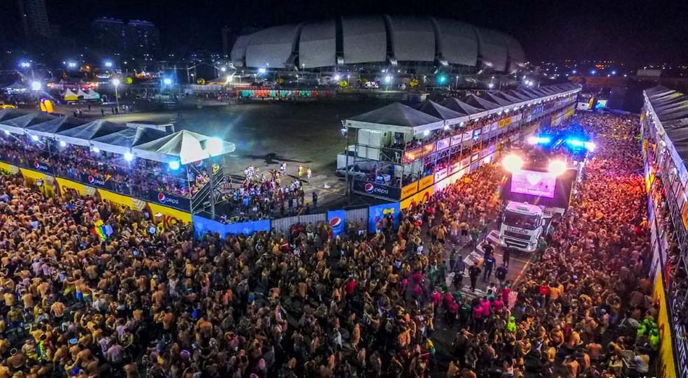 Carnatal 2017, realizado no entorno da Arena das Dunas — Foto: Canindé Soares