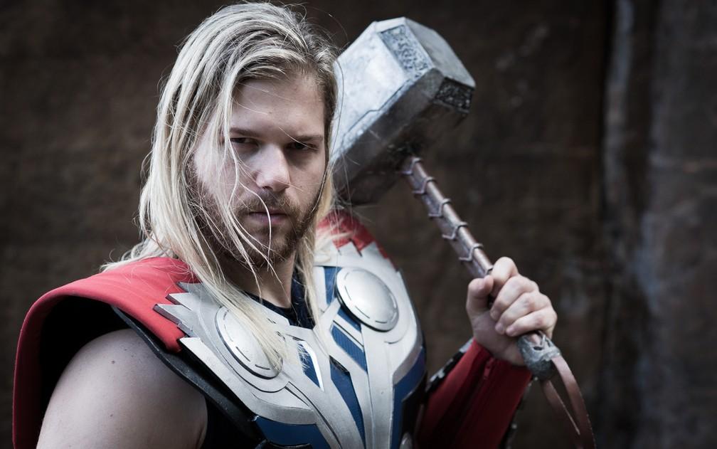 Cosplay de Thor diz ter gastado R$ 6 mil com roupas do herói da Marvel (Foto: Érico Andrade/G1)