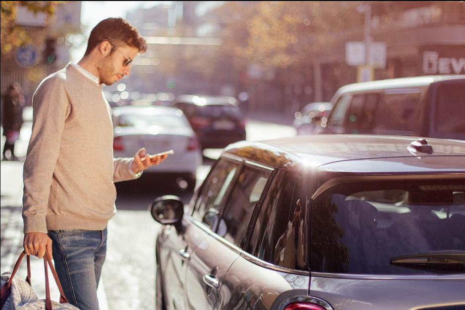 Conhecido como carsharing, serviço de compartilhamento de veículos é tendência no mundo (Foto: Divulgação)